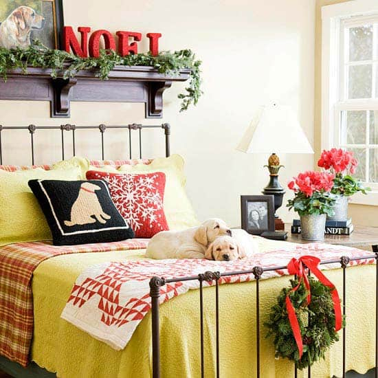 Christmas Bedroom Decorating Ideas-17-1 Kindesign