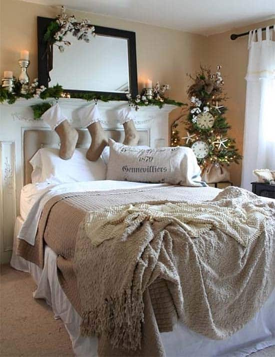 Christmas Bedroom Decorating Ideas-24-1 Kindesign