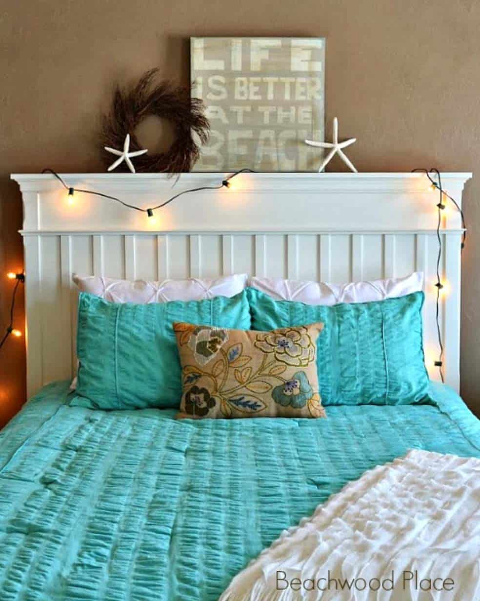 Christmas Bedroom Decorating Ideas-27-1 Kindesign