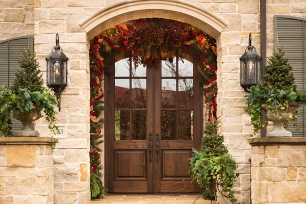 featured posts image for Fresh and natural Christmas decor for a home in Arkansas
