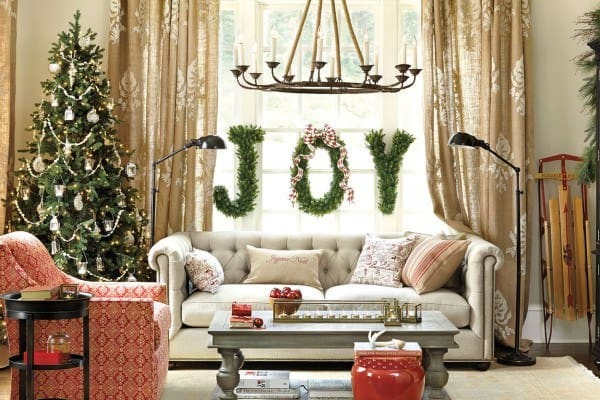 featured posts image for 40+ Christmas decorated spaces to put you in a holiday mood