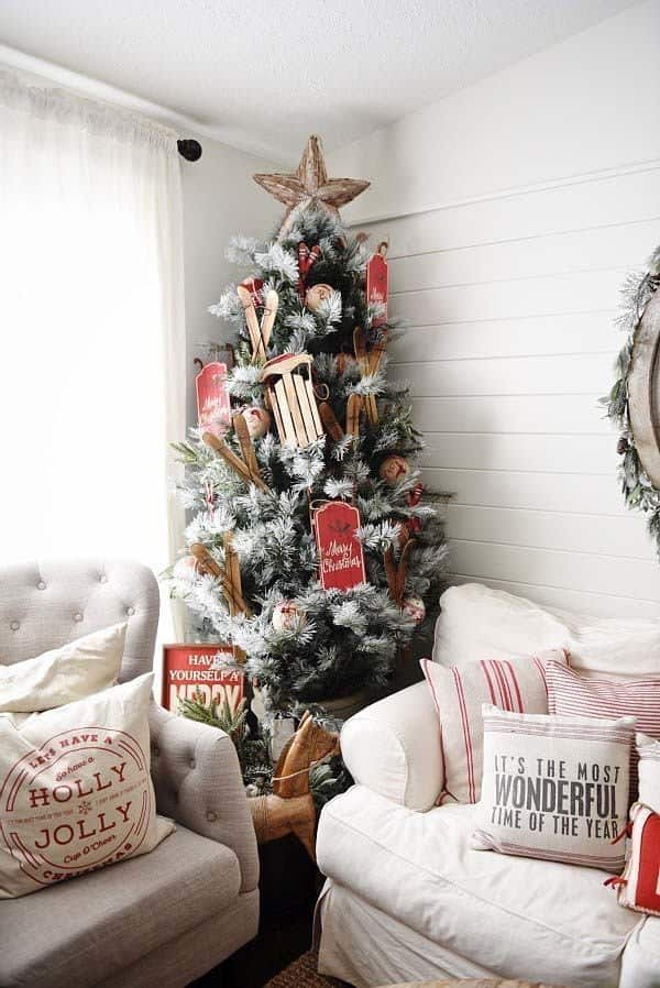 Christmas Decorated Spaces-06-1 Kindesign