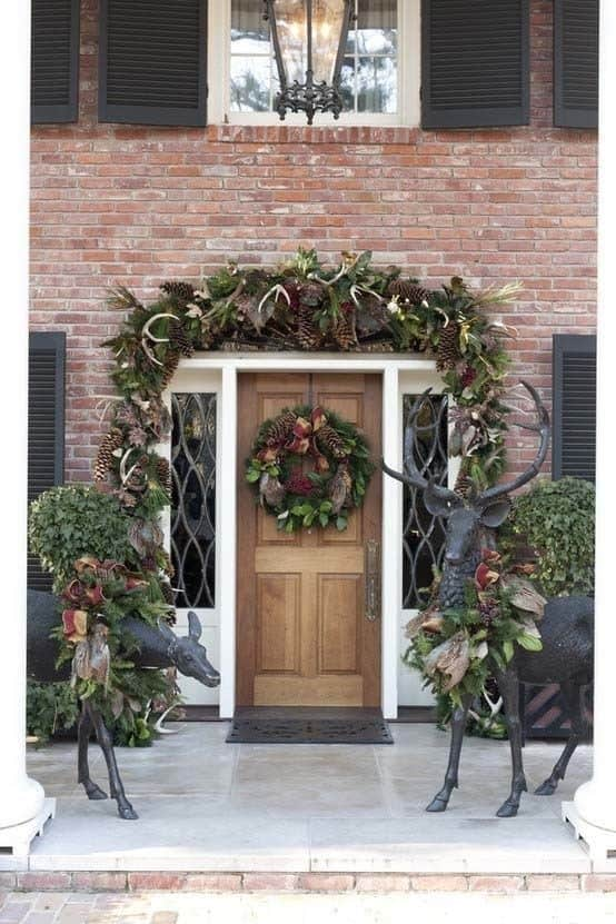 Christmas Decorated Spaces-14-1 Kindesign