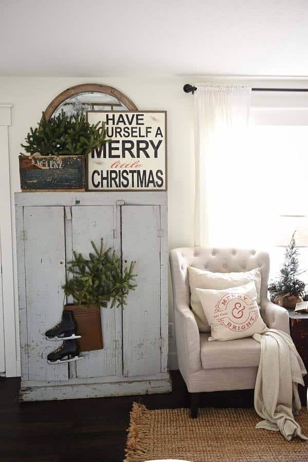 Christmas Decorated Spaces-24-1 Kindesign