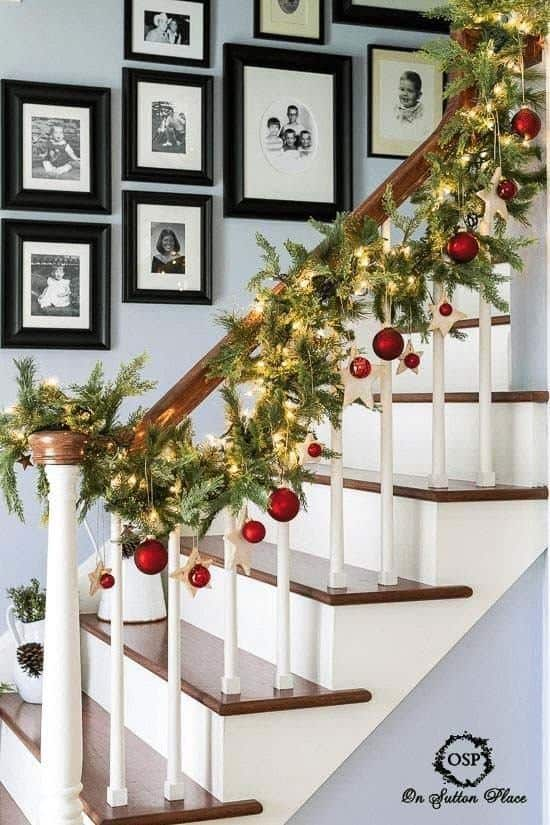 Christmas Decorated Spaces-26-1 Kindesign