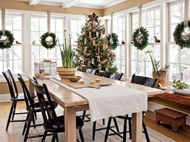 Christmas Decorated Spaces-44-1 Kindesign