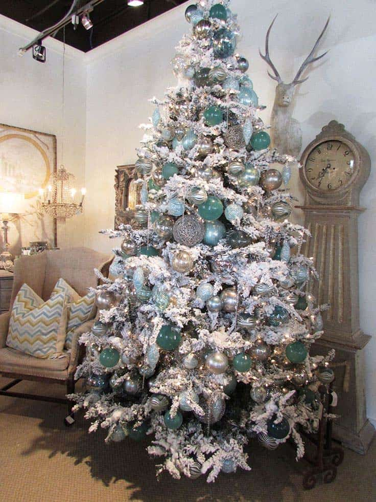 christmas tree decoration ideas 08 1 kindesign - Christmas Tree Decorating Ideas 2015