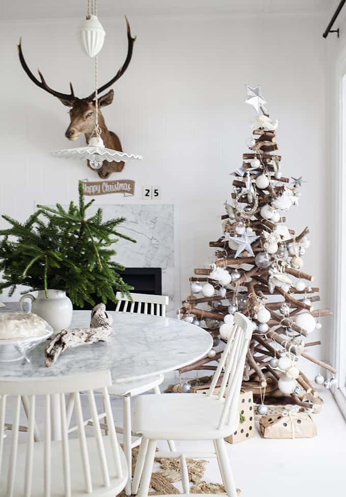 Christmas Tree Decoration Ideas-21-1 Kindesign