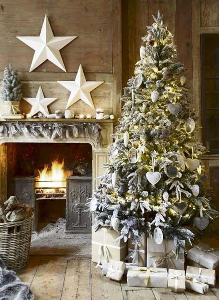 christmas tree decoration ideas 22 1 kindesign - Christmas Tree Decorating Ideas 2015