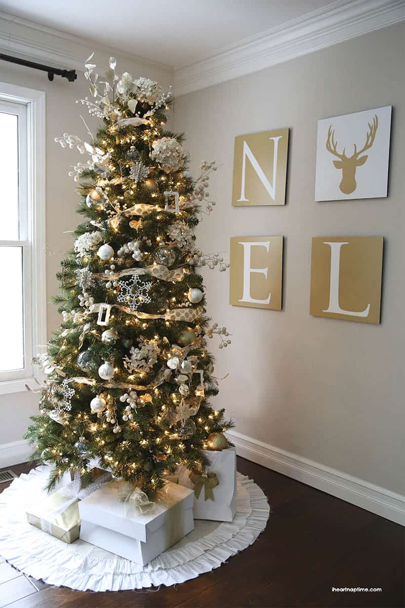 41 most fabulous christmas tree decoration ideas for Modern gold christmas tree