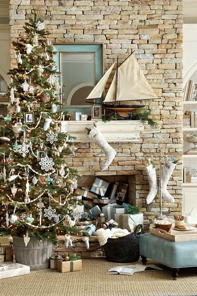 Christmas Tree Decoration Ideas-33-1 Kindesign