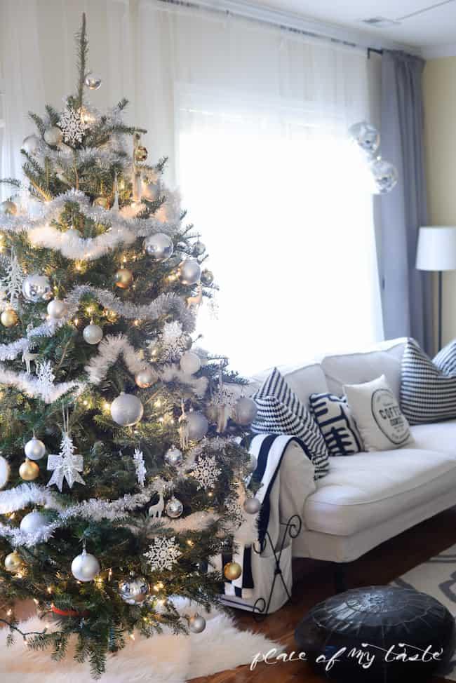 Christmas Tree Decoration Ideas-35-1 Kindesign
