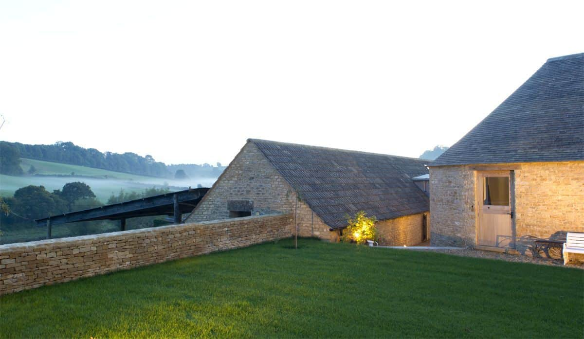 Contemporary Barn Conversion-Millar Howard Workshop-02-1 Kindesign