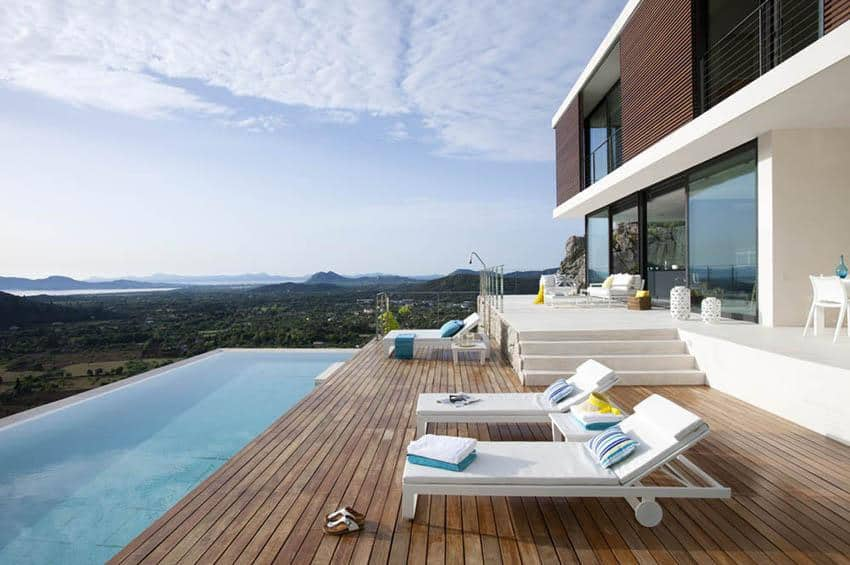 Contemporary Mountain House-Miquel Lacomba-02-1 Kindesign