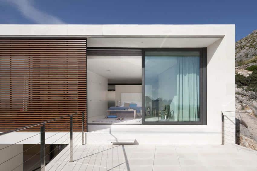 Contemporary Mountain House-Miquel Lacomba-03-1 Kindesign