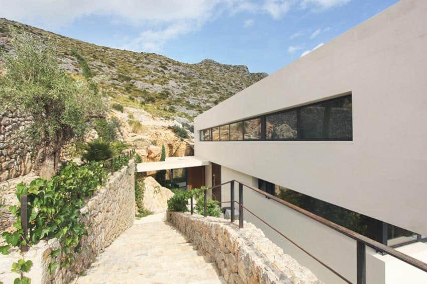 Contemporary Mountain House-Miquel Lacomba-08-1 Kindesign