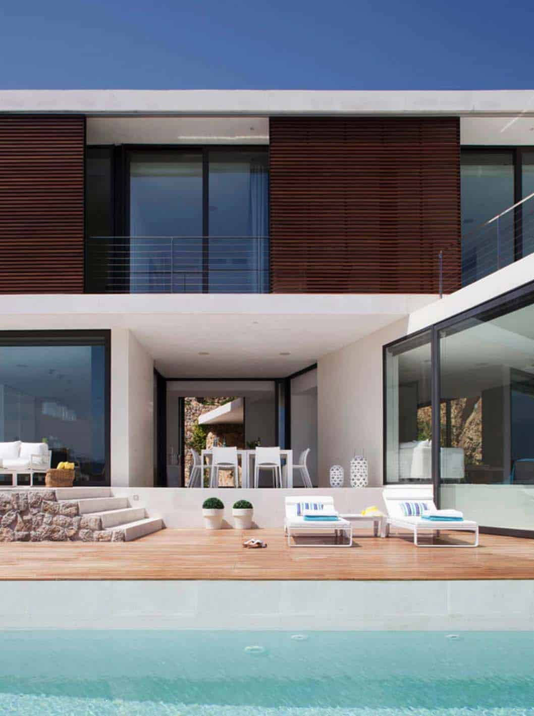 Contemporary Mountain House-Miquel Lacomba-11-1 Kindesign