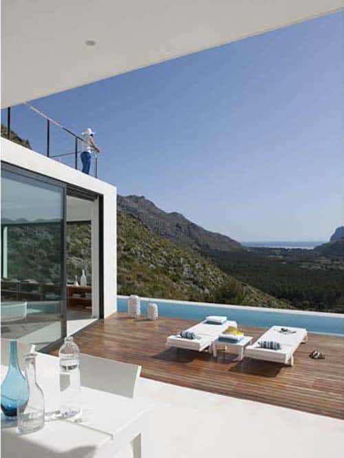 Contemporary Mountain House-Miquel Lacomba-13-1 Kindesign