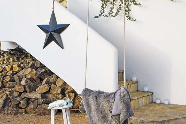 featured posts image for Renovated farmhouse in Spain with charming details