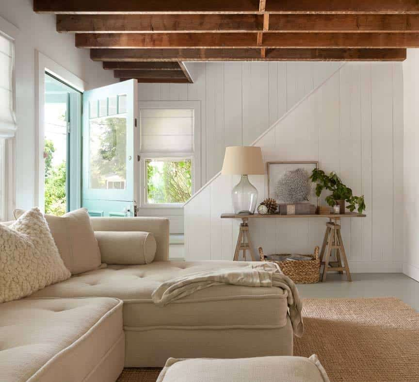 Green Living Room Ideas In East Hampton New York: A Bright And Airy Beach Cottage In The Hamptons