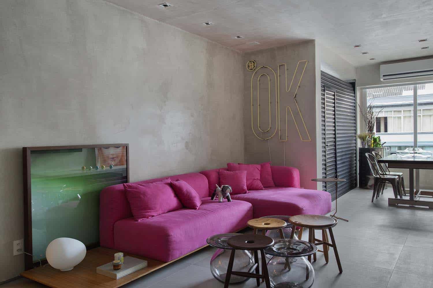 Modern Concrete Apartment-Studio-roca-03-1-Kindesign