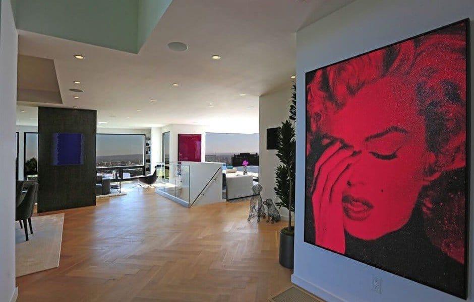 Modern Hollywood Hills Dream Home-10-1 Kindesign