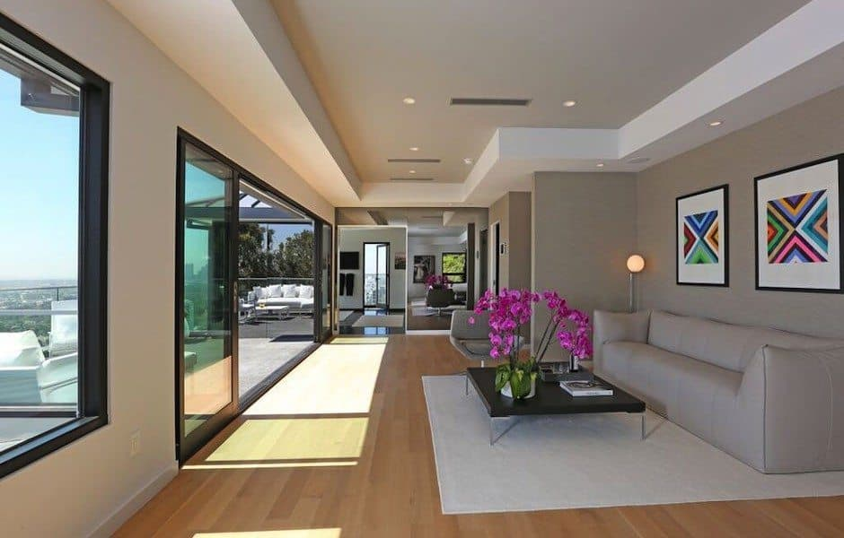 Modern Hollywood Hills Dream Home-13-1 Kindesign