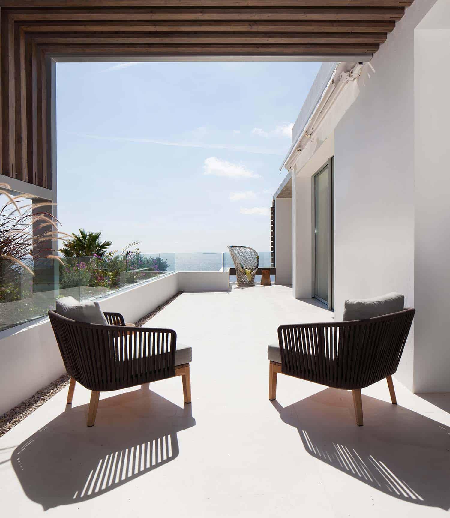 Modern Villa-Ibiza-SAOTA-06-1 Kindesign