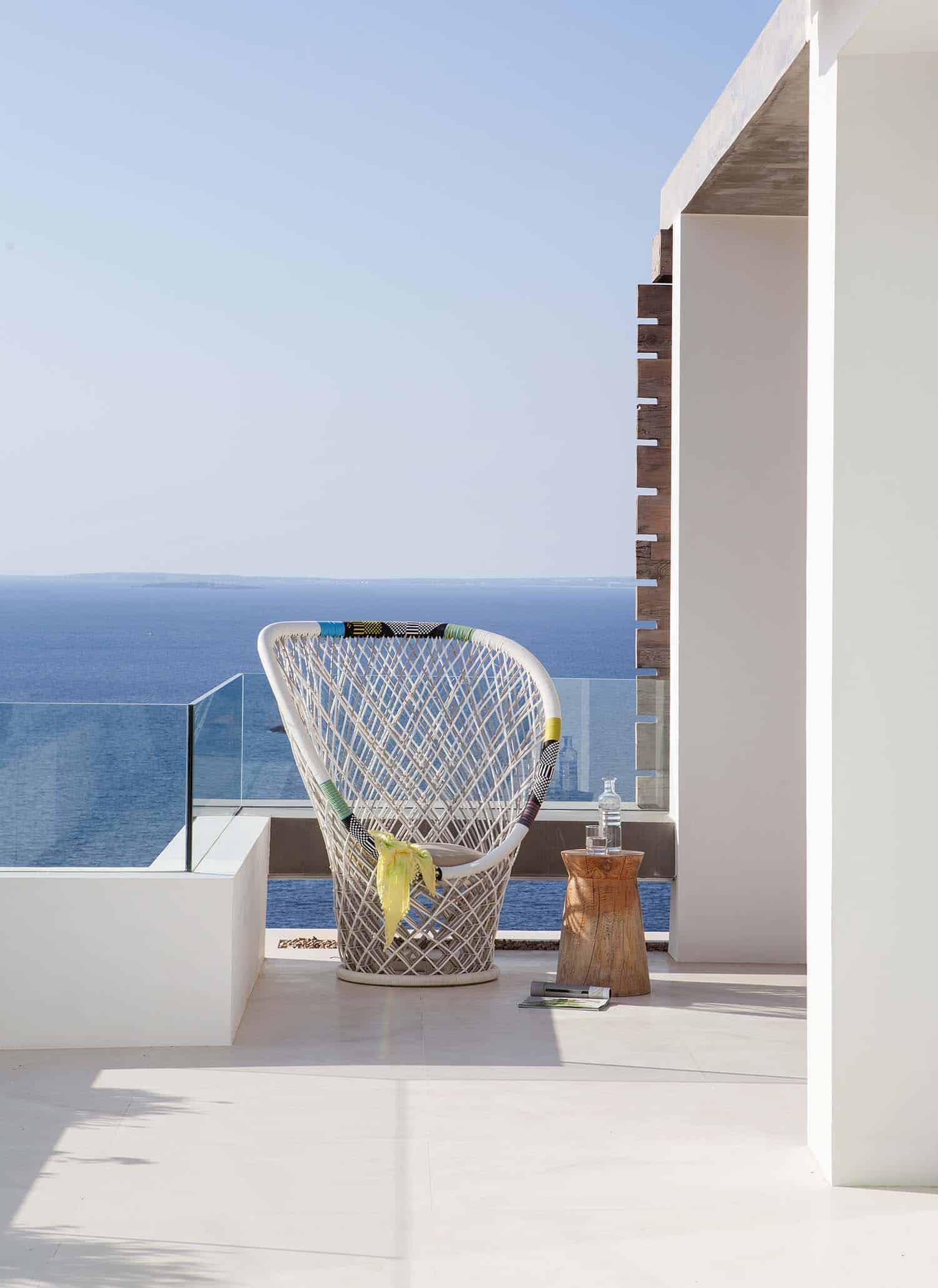 Modern Villa-Ibiza-SAOTA-07-1 Kindesign