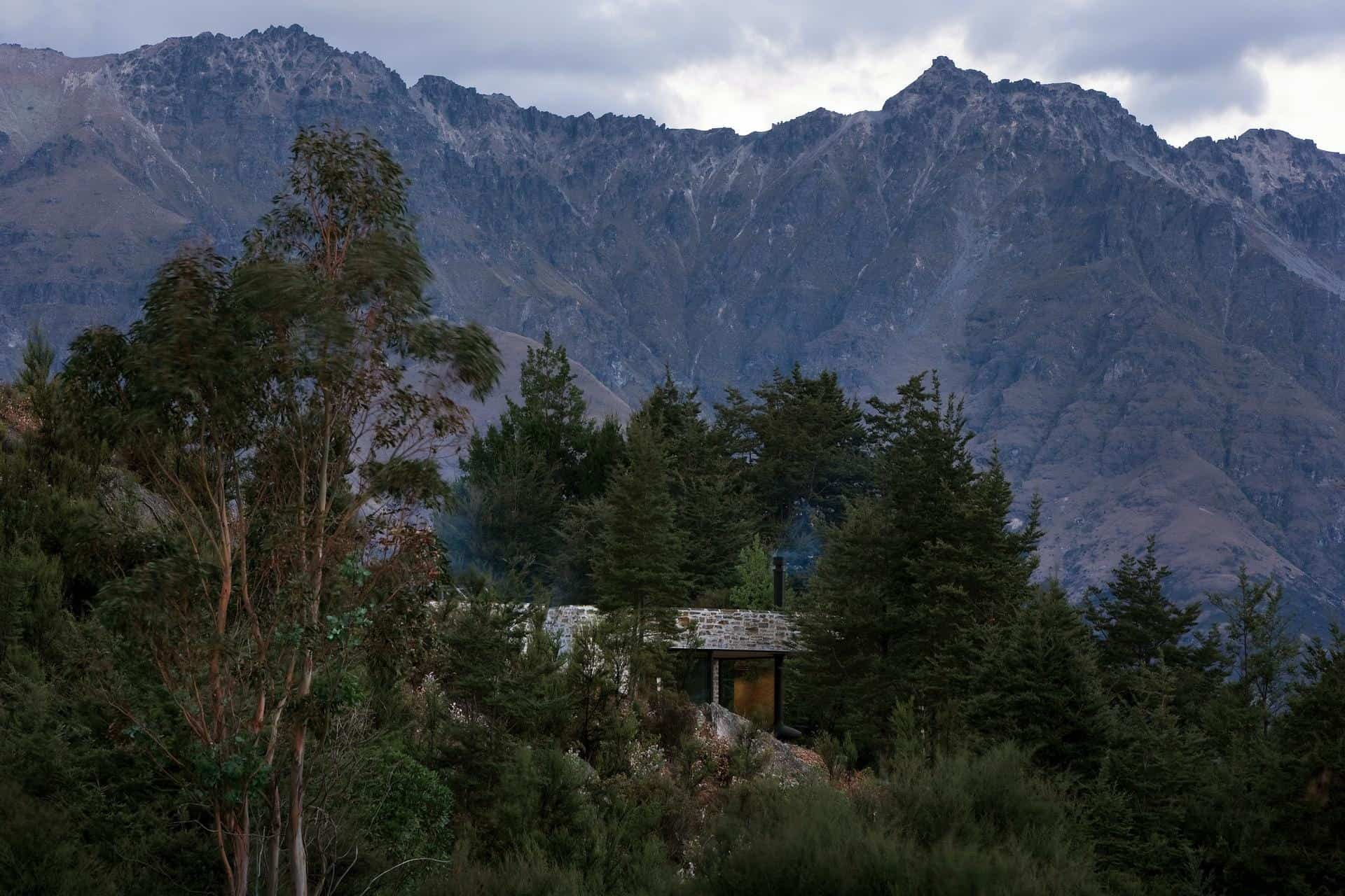 Mountain Retreat-Fearon Hay Architects-16-1 Kindesign