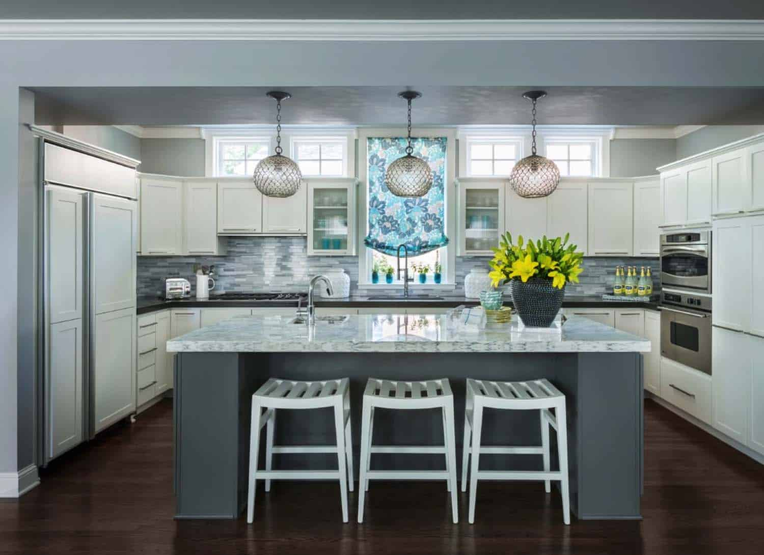 Transitional Residence-Martha-OHara-Interiors-04-1-Kindesign