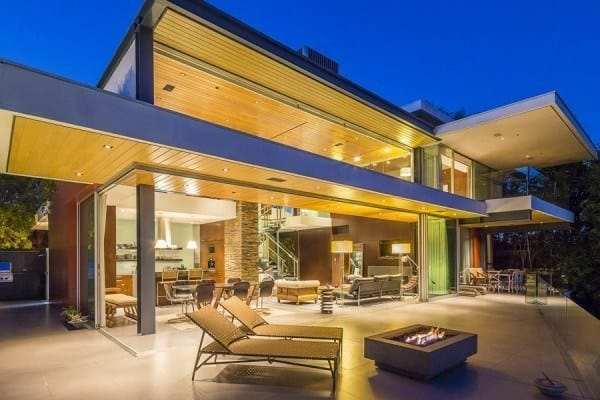 featured posts image for Amazing glass and steel pad with views over the Sunset Strip