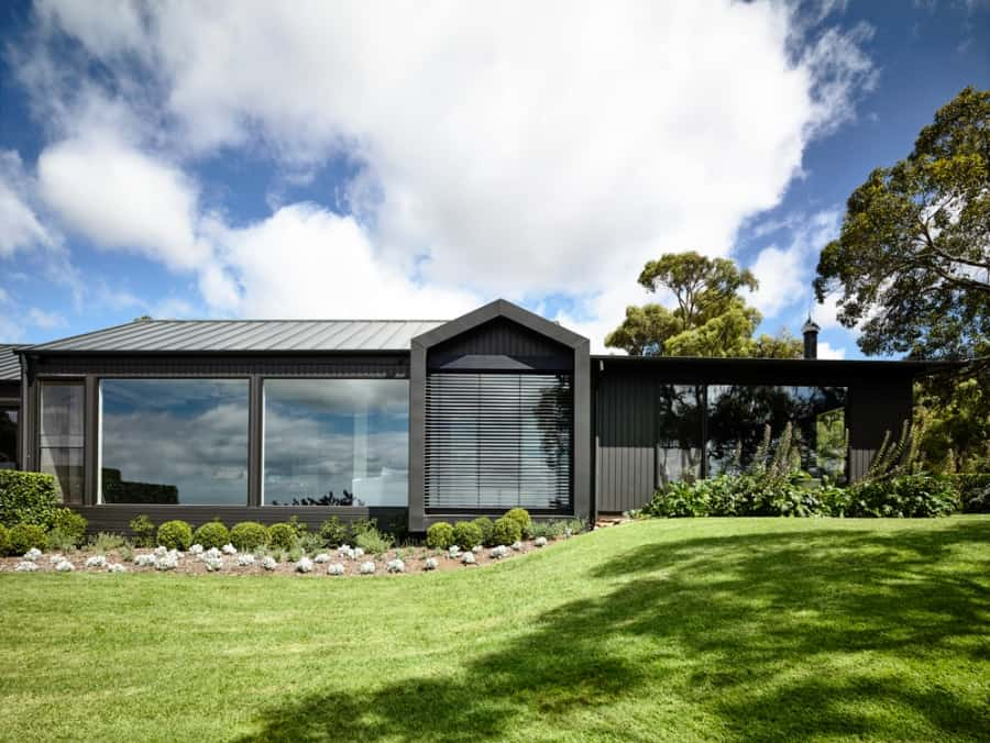 Contemporary Farm House-Canny Architecture-01-1 Kindesign
