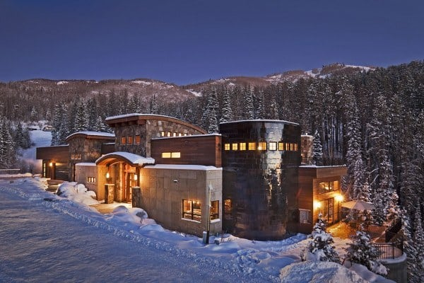 featured posts image for Mammoth ski property in the mountains of Steamboat Springs