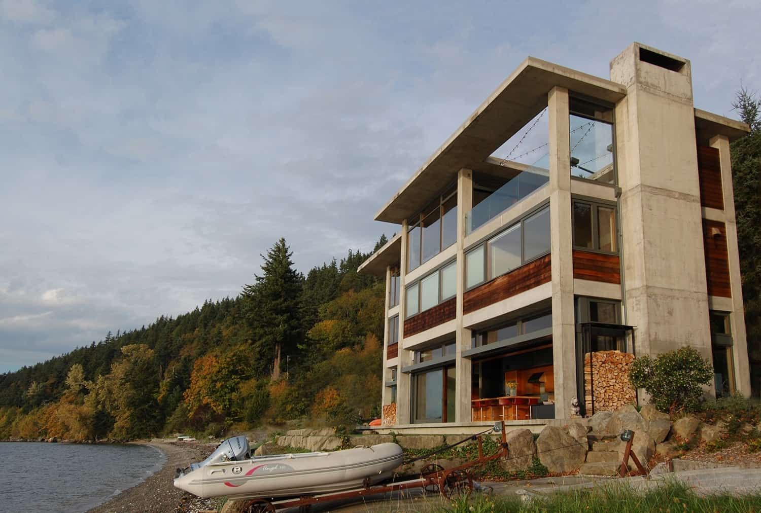 Contemporary Waterfront Home-McClellan Architects-28-1 Kindesign