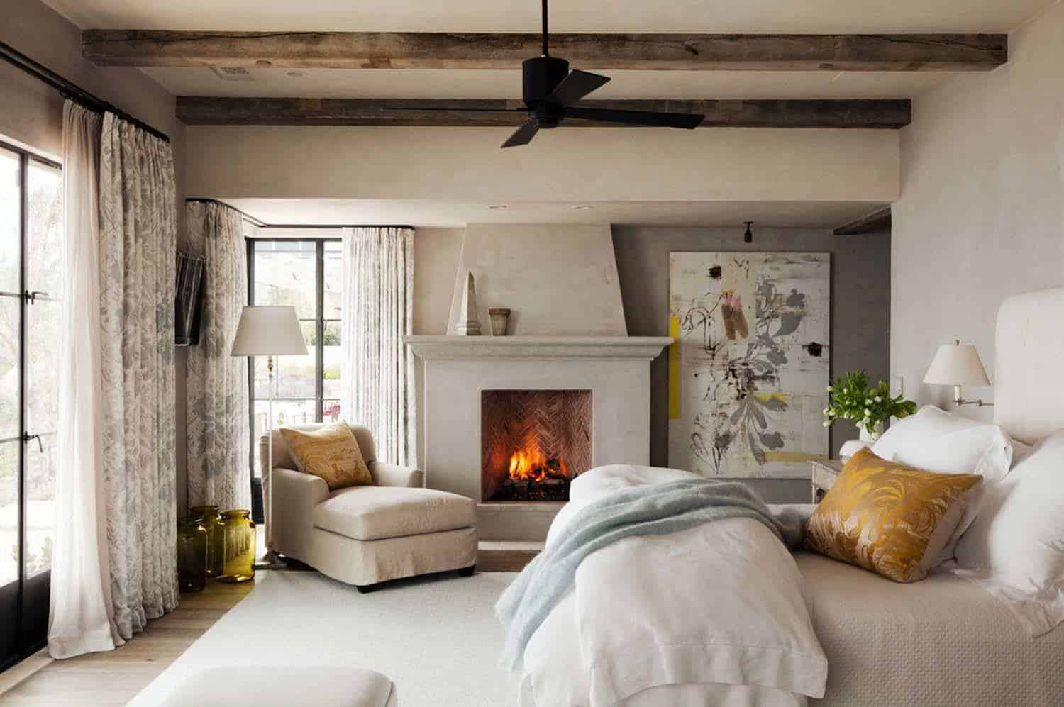44 Ultra Cozy Fireplaces For Winter Hibernation