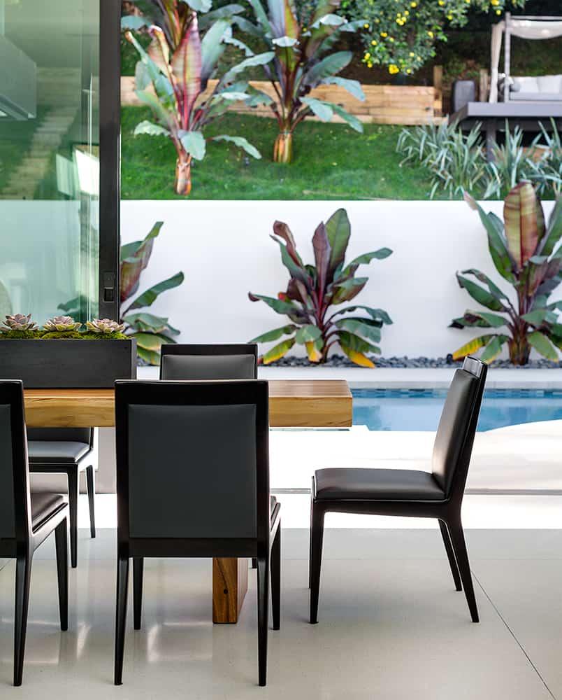 Modern-Home-Renovation-Belzberg Architects-07-1 Kindesign
