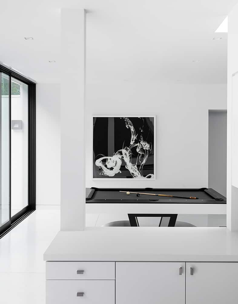 Modern-Home-Renovation-Belzberg Architects-09-1 Kindesign