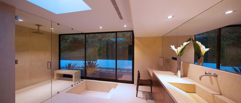 Modern-Home-Renovation-Belzberg Architects-13-1 Kindesign