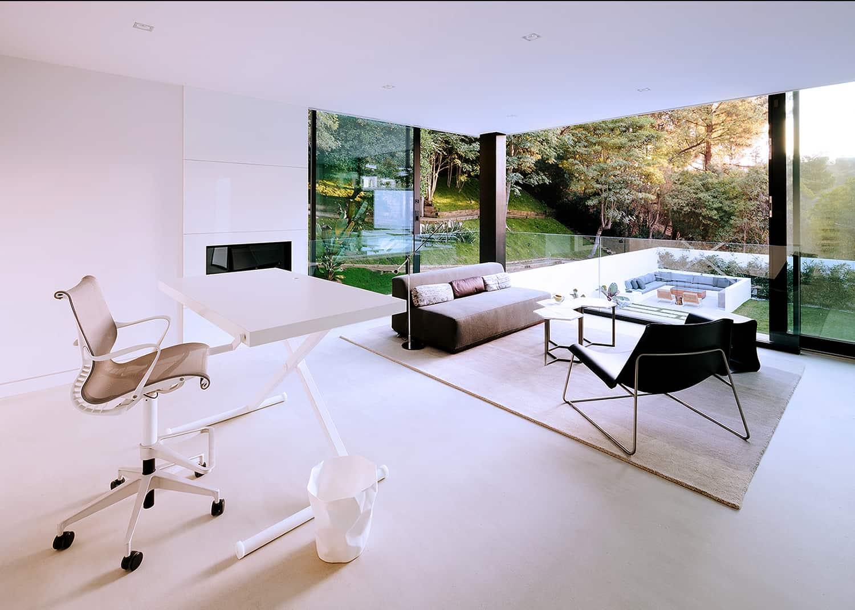 Modern-Home-Renovation-Belzberg Architects-14-1 Kindesign