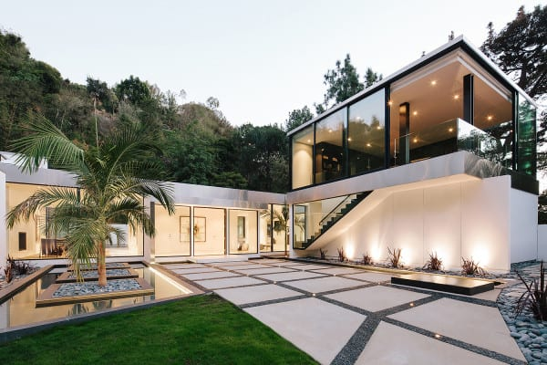 featured posts image for Modern LA home boasts remarkable indoor-outdoor lifestyle