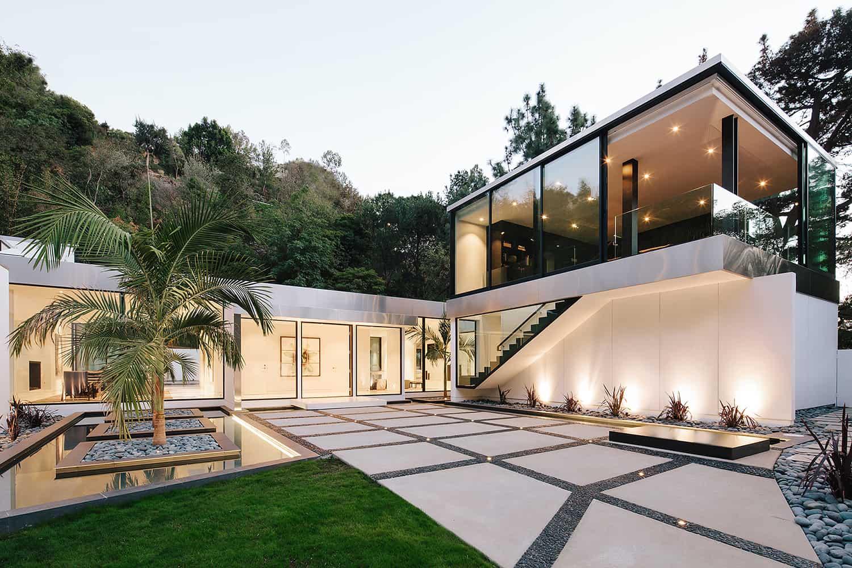 Modern-Home-Renovation-Belzberg Architects-18-1 Kindesign