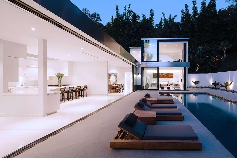 Modern-Home-Renovation-Belzberg Architects-20-1 Kindesign