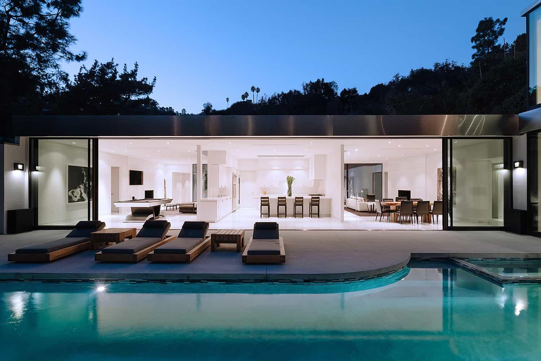 Modern-Home-Renovation-Belzberg Architects-22-1 Kindesign