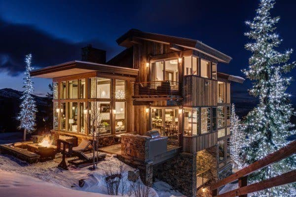 featured posts image for Luxurious mountain home in Utah lets you ski to your door