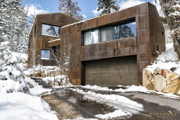 featured posts image for Passive solar home in Park City, Utah integrated in the hillside