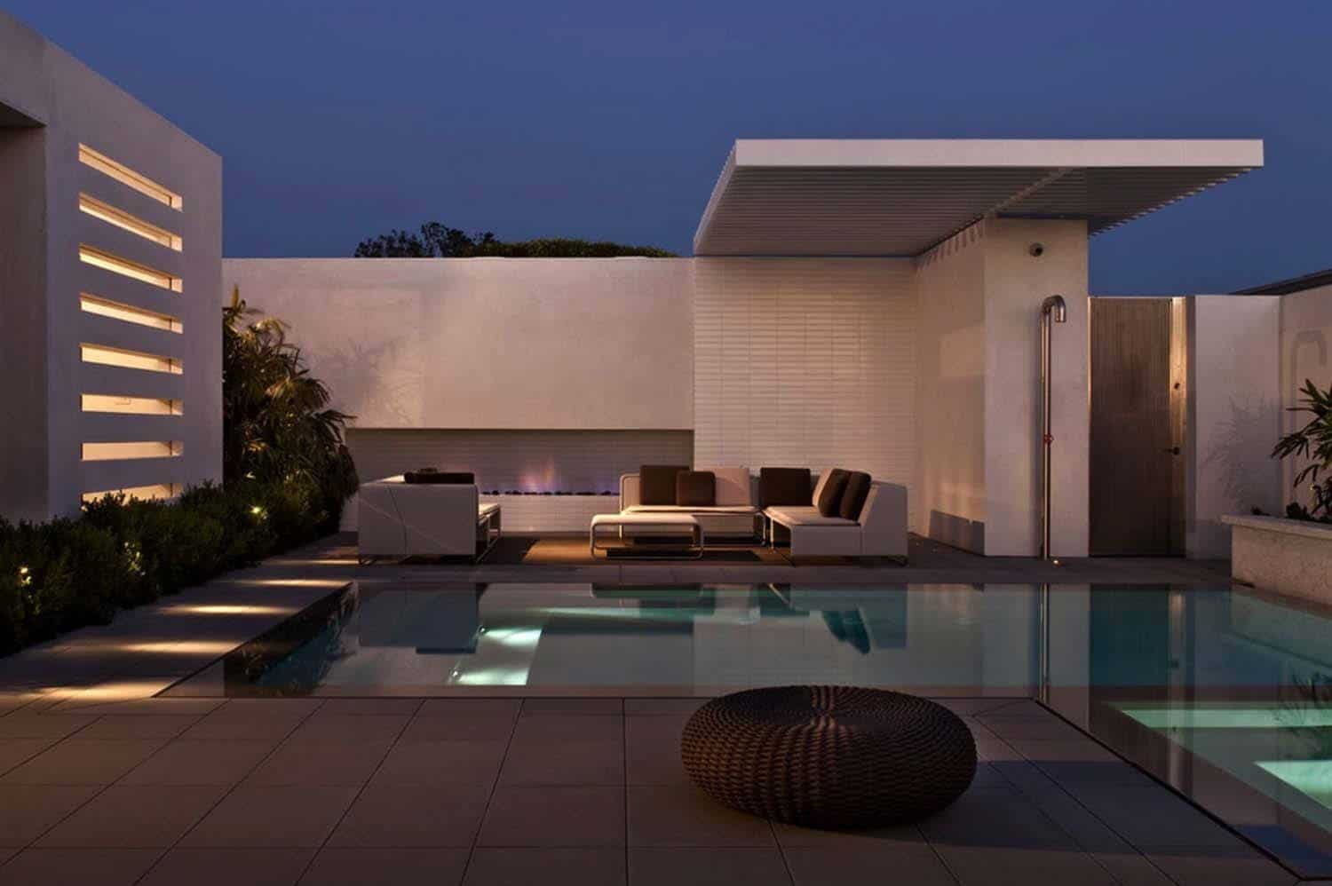 Contemporary Home-Laidlaw Schultz Architects-24-1 Kindesign