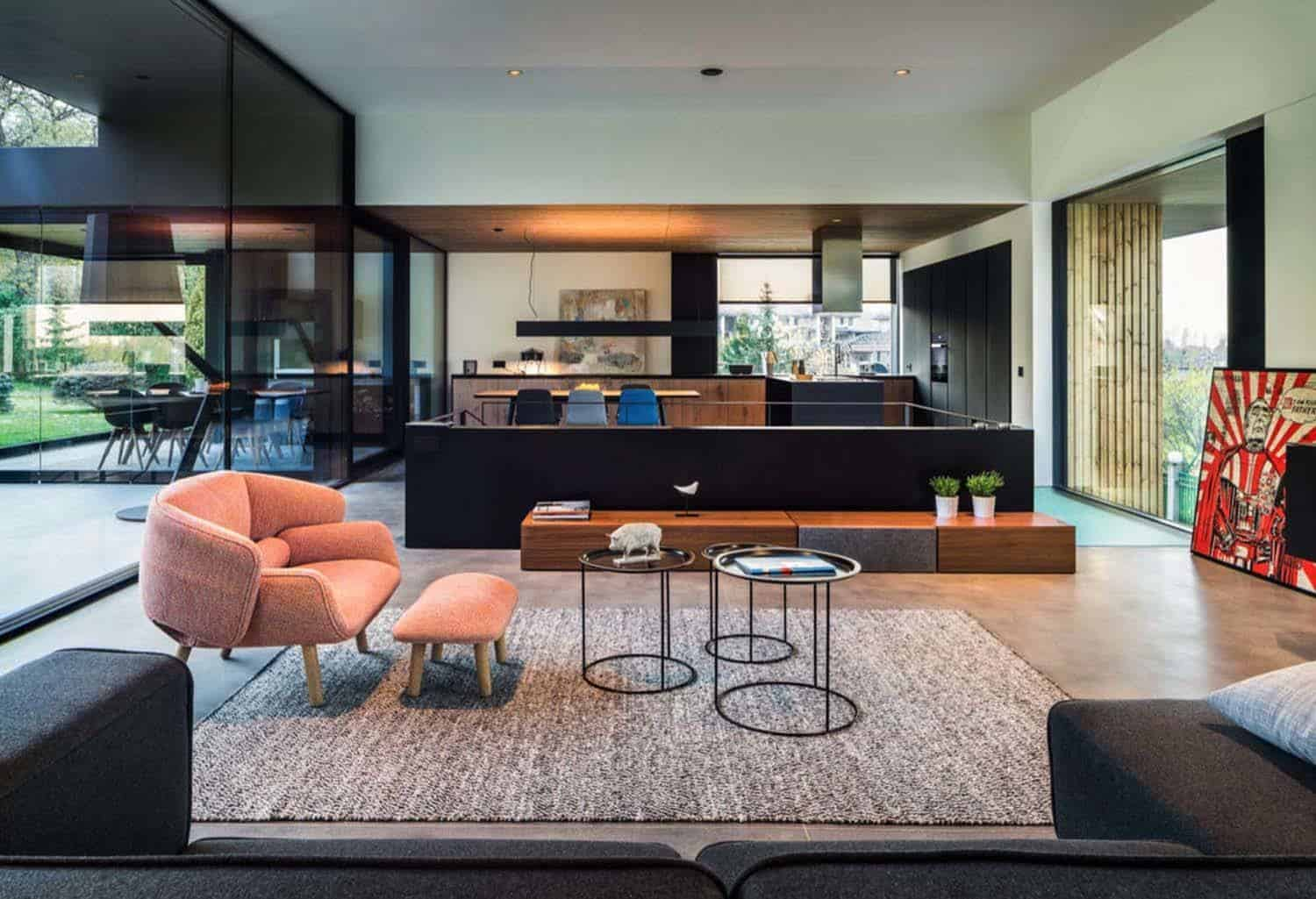 Contemporary House Interiors-IO Architects-02-1 Kindesign