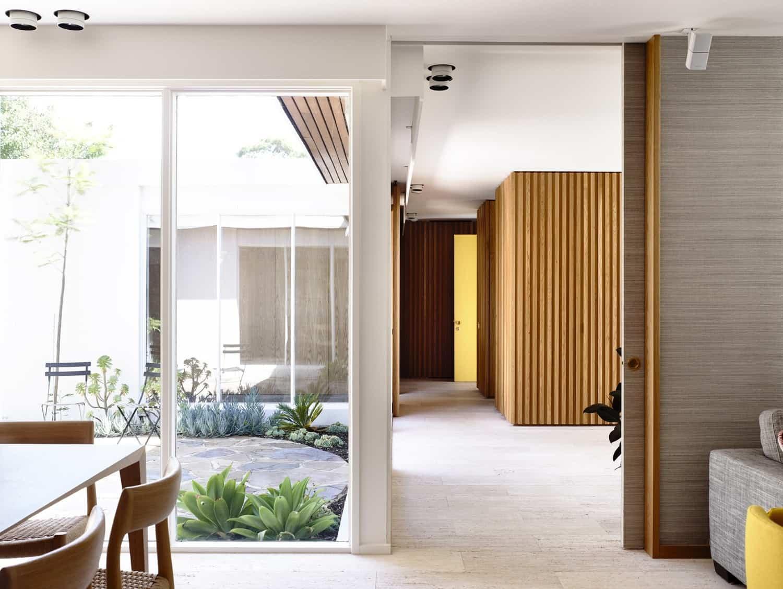 Courtyard House-Kennedy Nolan-03-1 Kindesign