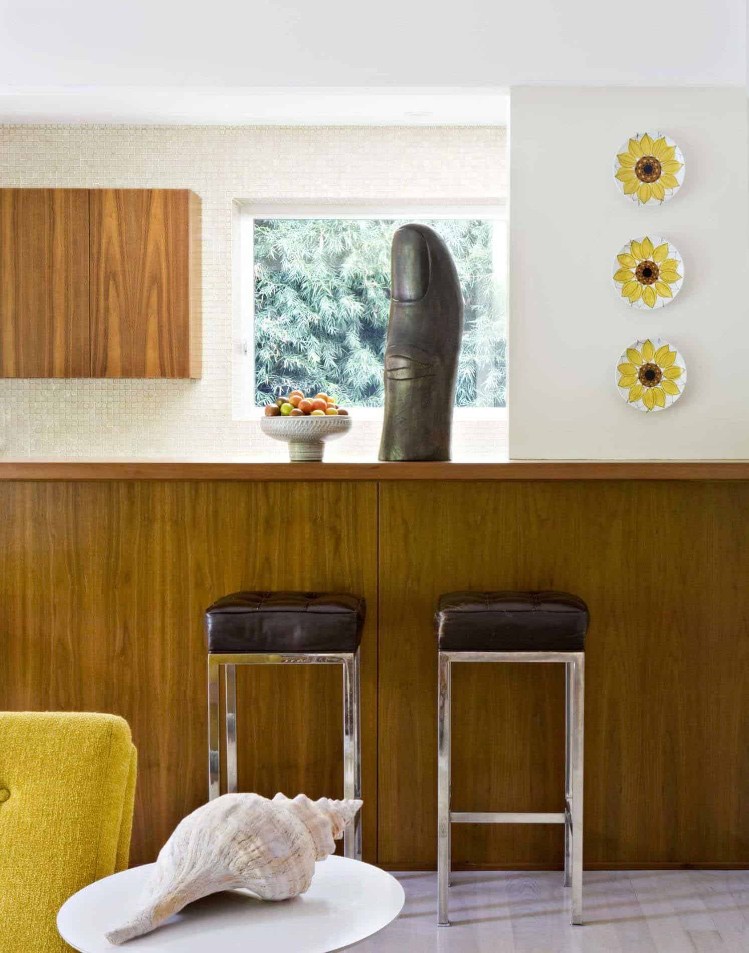 Mid-Century Modern Home-Jamie Bush-03-1 Kindesign